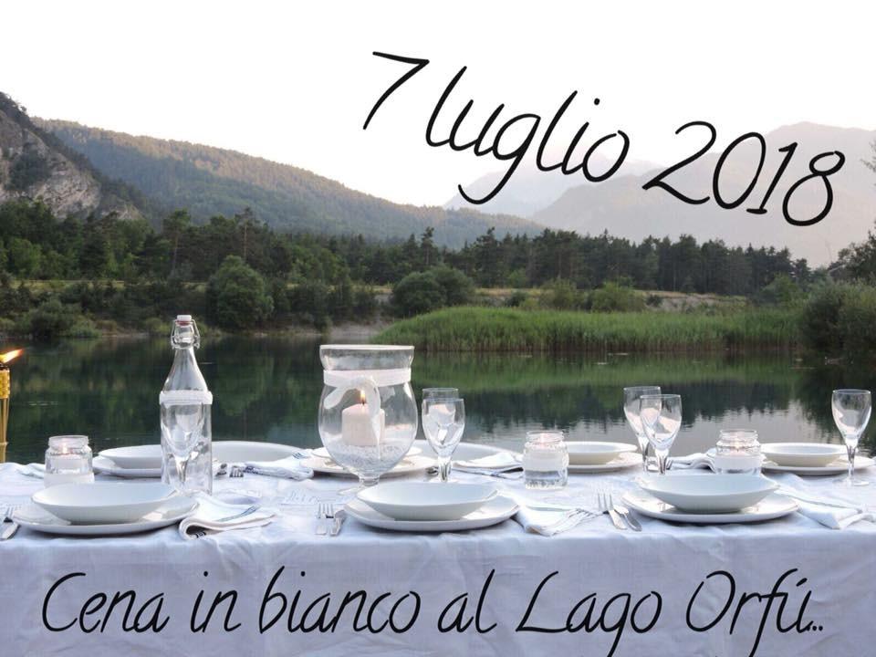 Cena in bianco al Lago Orfù